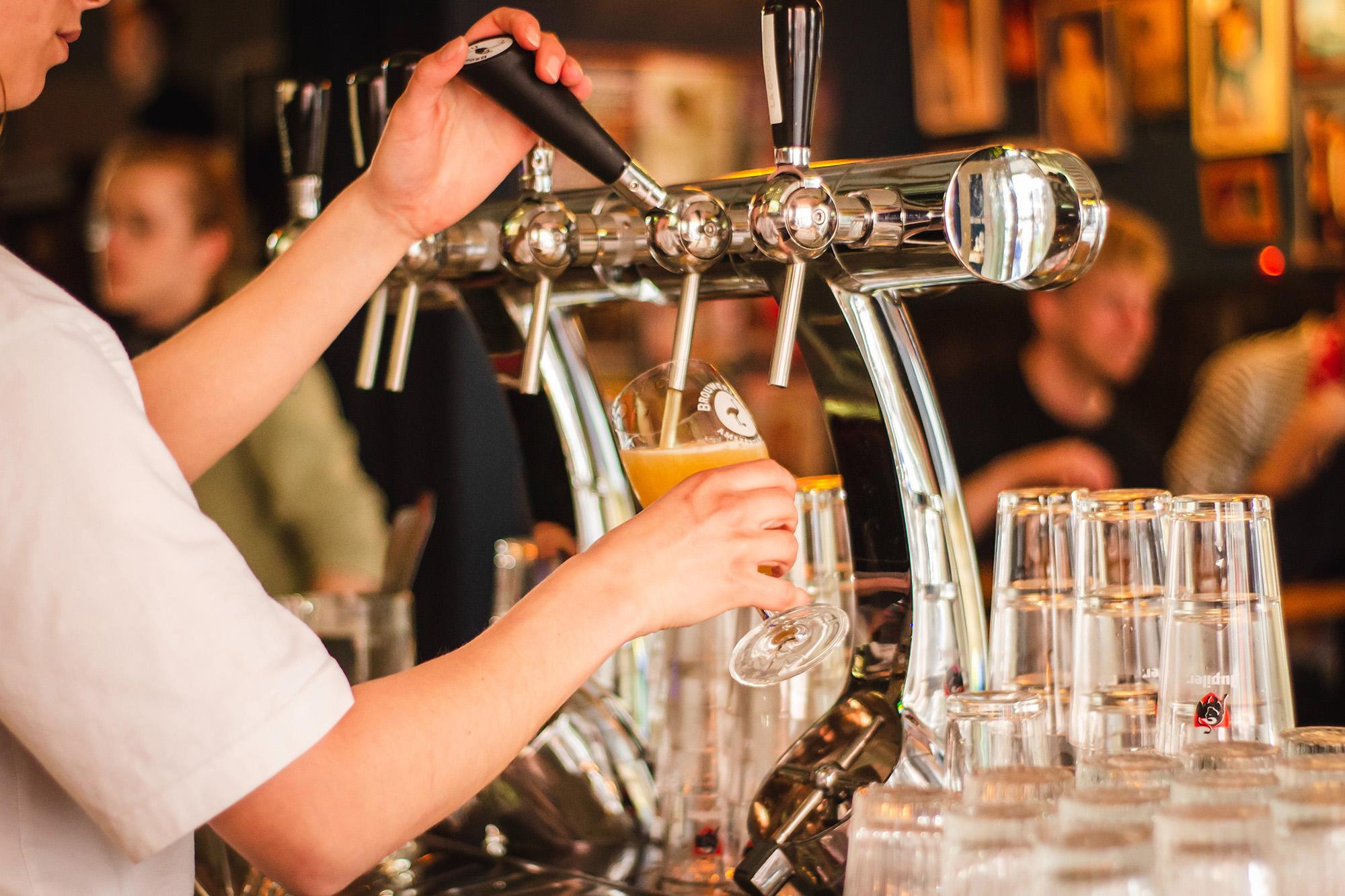 Pubs & Taverns